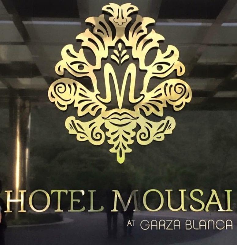 Hotel Mousai entrance