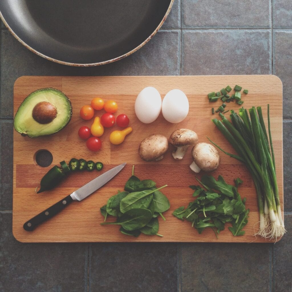 Vegetables on chopping board image