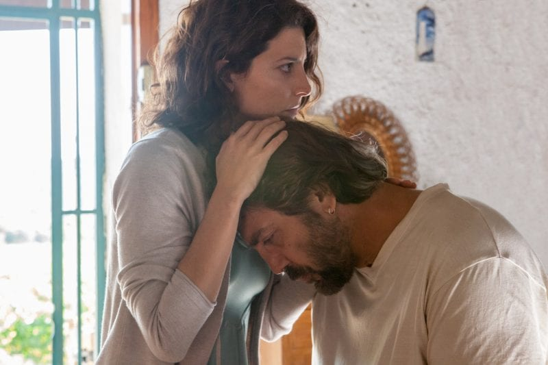 Everybody Knows with Penélope Cruz stars as Laura and Javier Bardem