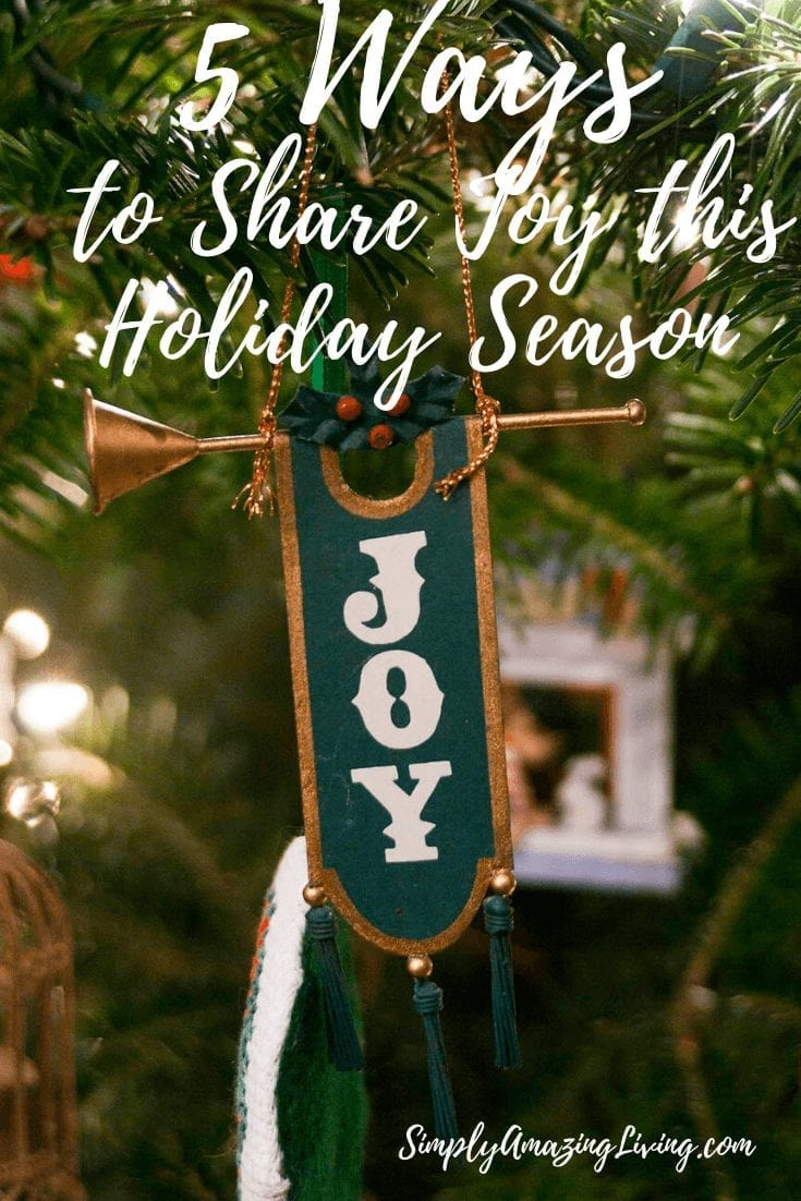 Five Ways to Share Joy at Christmas