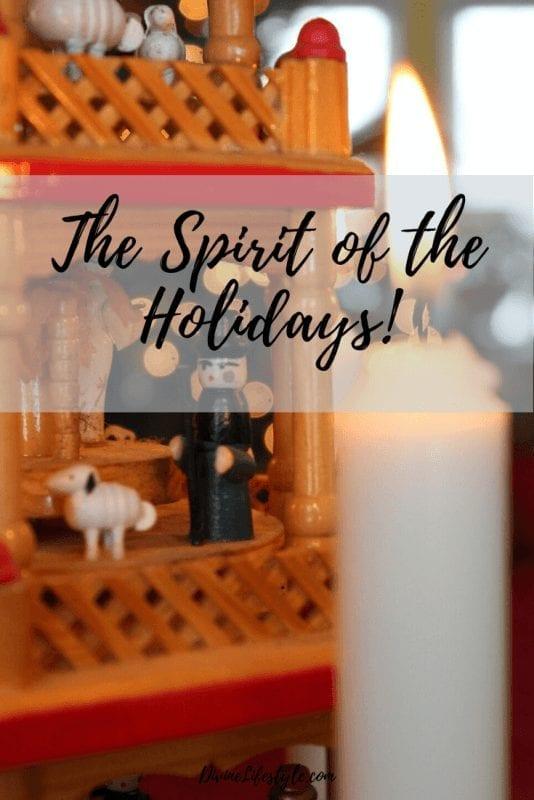 Spirit of the Holidays pin 3