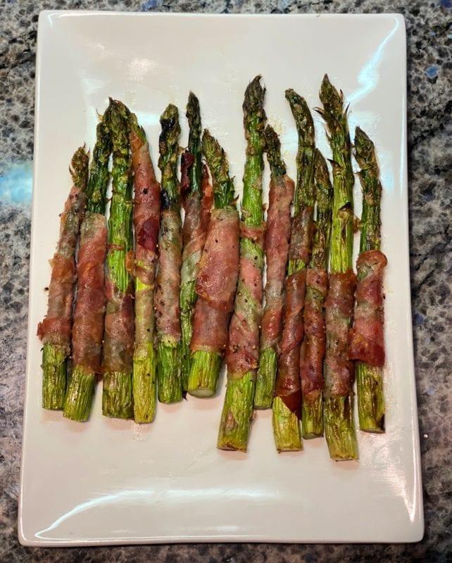 Prosciutto Wrapped Asparagus final step